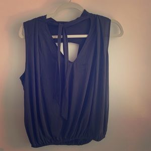 New Free People blouse - back cutout so cute